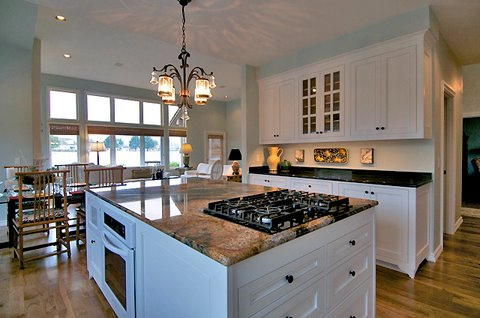 While Looking for a Kitchen Remodeling Professional