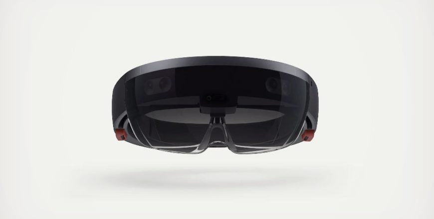 Experience Virtual Reality with Microsoft HoloLens
