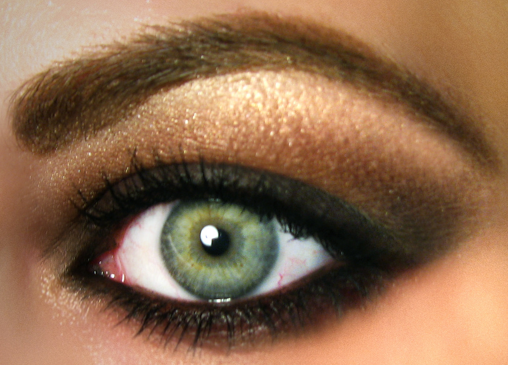 eyeshadow brown